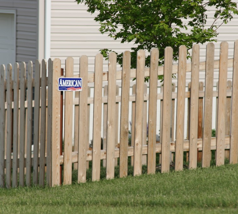 The American Fence Company - Wood Fencing, 1004 4' picket