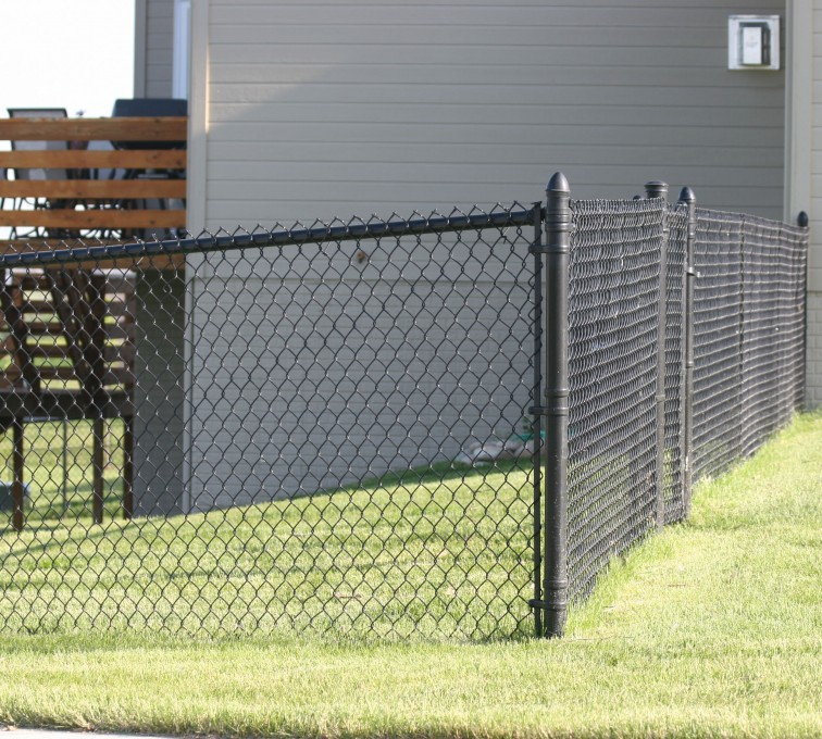 The American Fence Company - Chain Link Fencing, 101 4' black vinyl chain link 2
