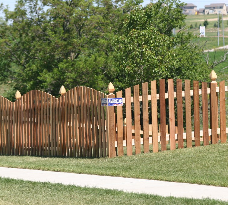 The American Fence Company - Wood Fencing, 1024 4' overscallop picket