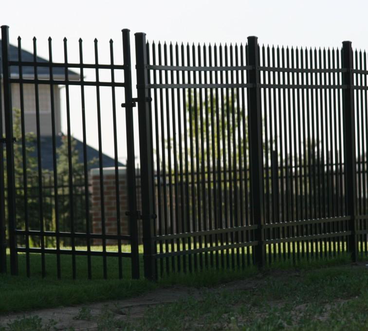 The American Fence Company - Ornamental Fencing, 1061 6' Classic 4rail black