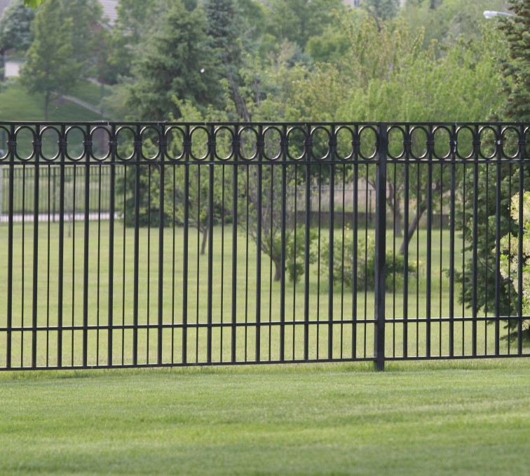 The American Fence Company - Custom Iron Gate Fencing, 1216 Alternating Picket with Ovals