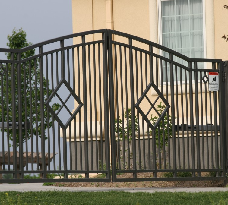 The American Fence Company - Custom Gates, 1304 Estate gate with diamonds