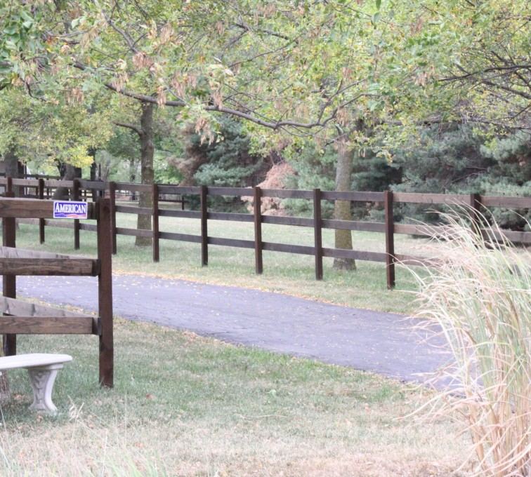 The American Fence Company - Sioux City - Wood Ranch Rail Fence