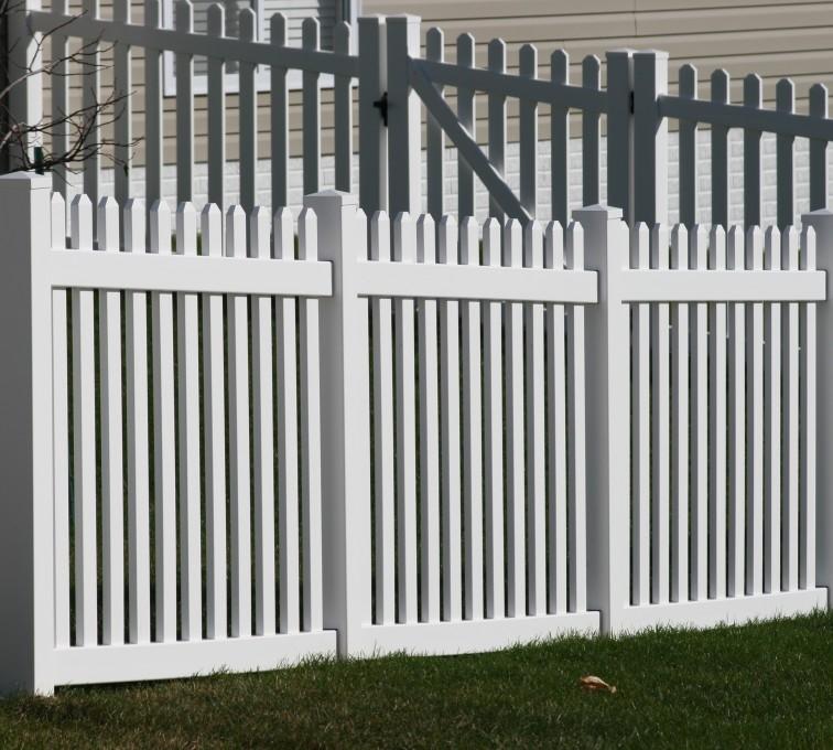 The American Fence Company - Vinyl Fencing, 559 Vinyl 4' picket