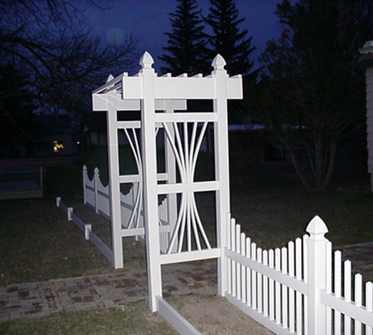 The American Fence Company - Vinyl Fencing, 565 Underscallop with Arbor 1