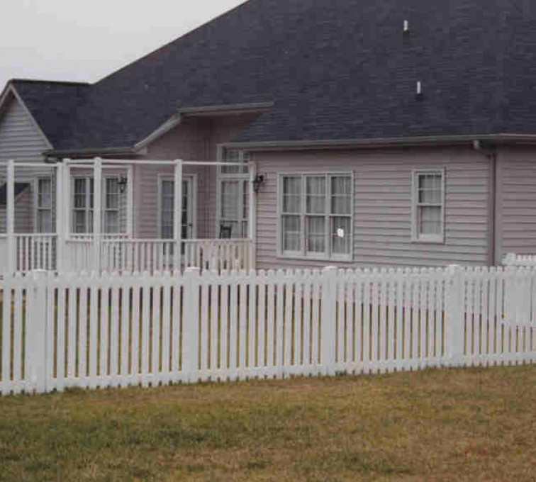 The American Fence Company - Vinyl Fencing, Picket 567