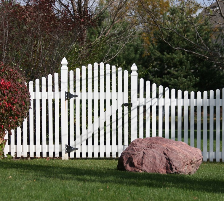 The American Fence Company - Vinyl Fencing, 567 Vinyl Arch Over Photo