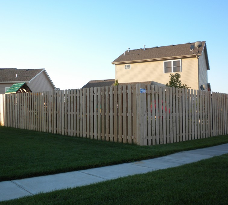 The American Fence Company - Wood Fencing, 6' Wood Board on Board