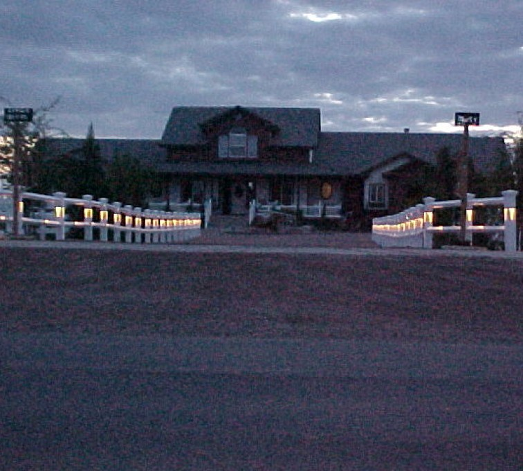 The American Fence Company - Vinyl Fencing, AZ Mortenson Lighted Entry 2