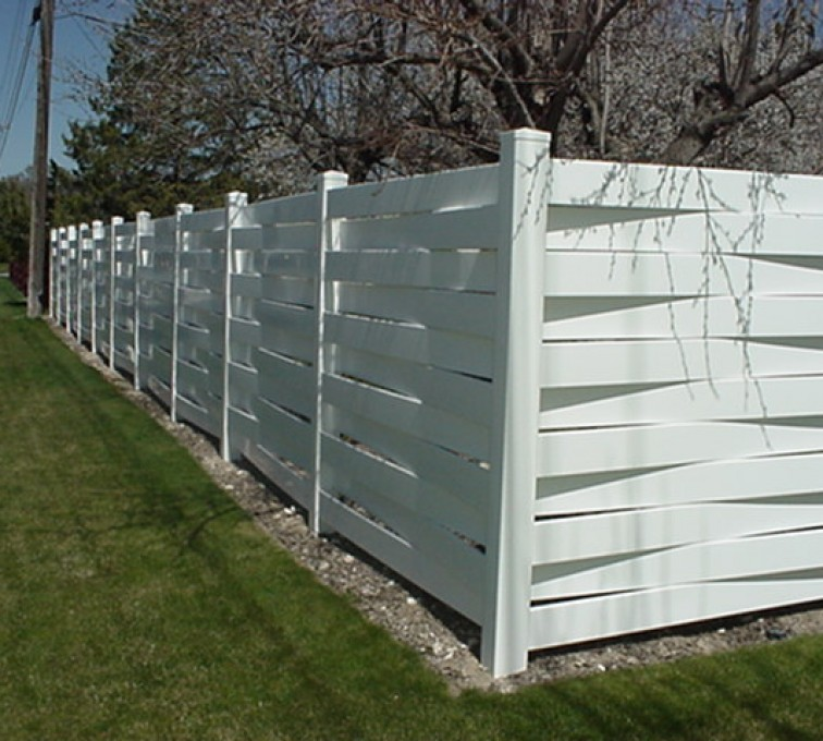 The American Fence Company, Vinyl Fencing, Basket Weave 750