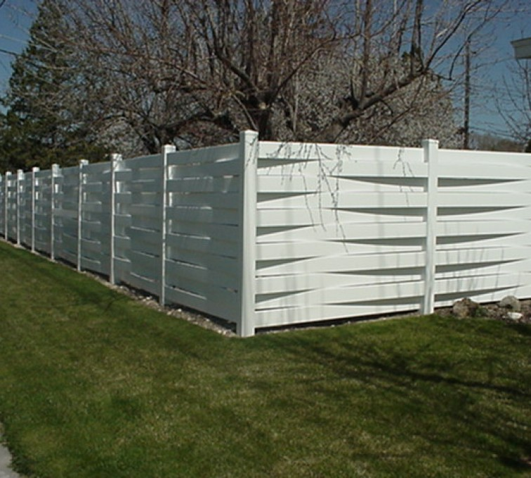 The American Fence Company, Vinyl Fencing, Basket Weave 752