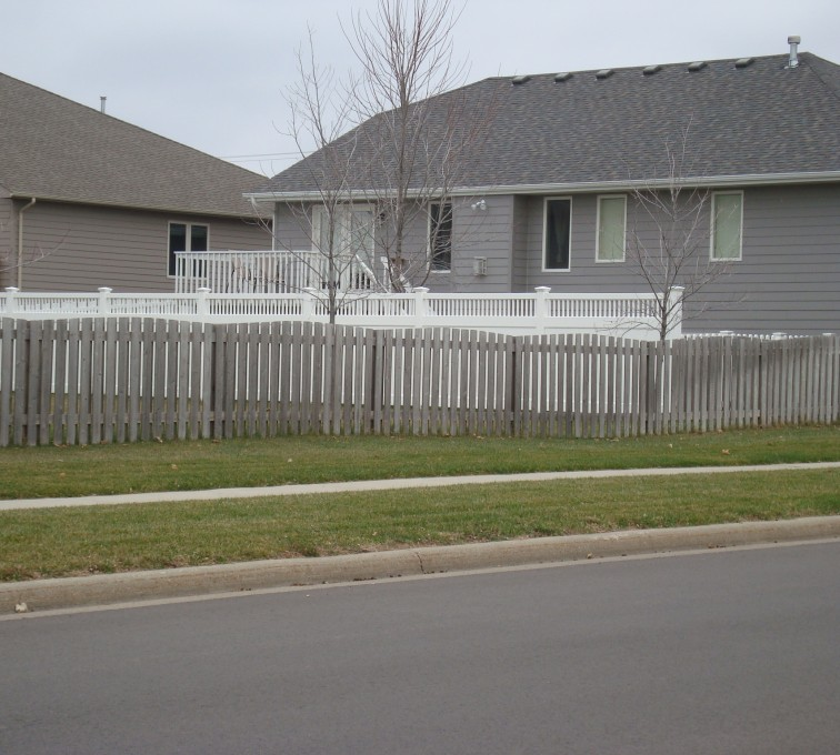 The American Fence Company - Wood Fencing, Cedar Picket Overscallop AFC, SD