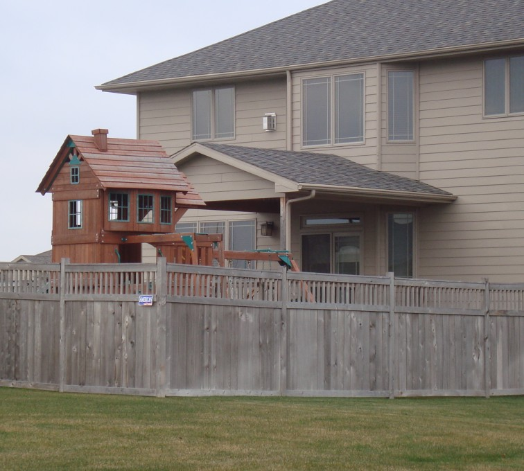 The American Fence Company - Wood Fencing, Cedar Privacy with Picket Accent AFC, SD