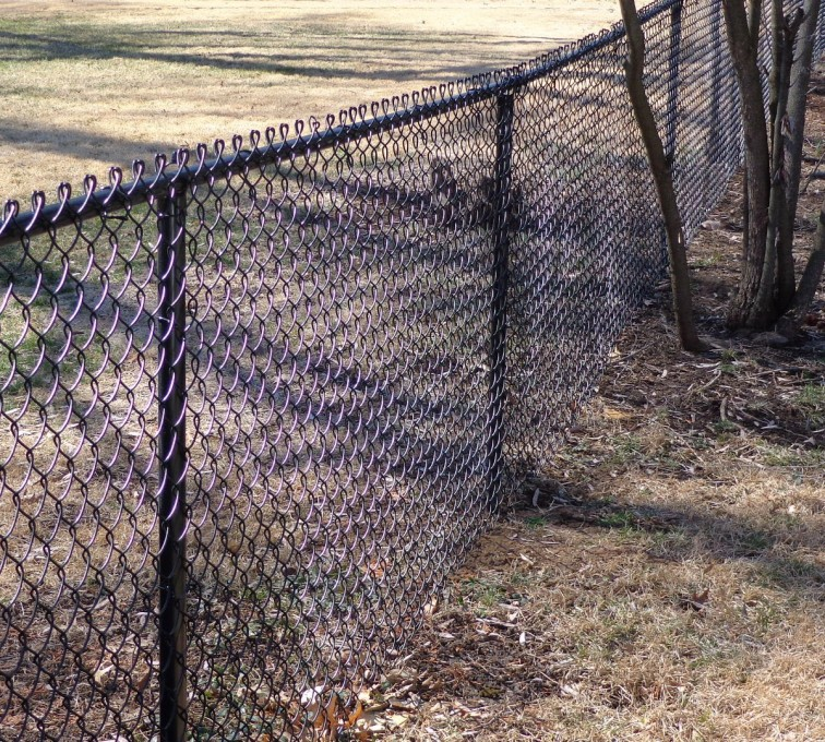 The American Fence Company - Chain Link Fencing, 4' Black Vinyl Chain Link - AFC-KC