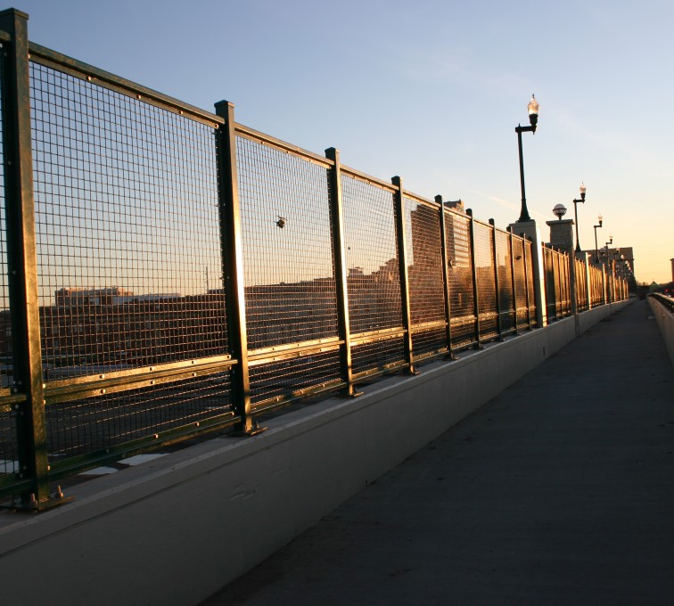 The American Fence Company - Woven & Welded Wire Fencing