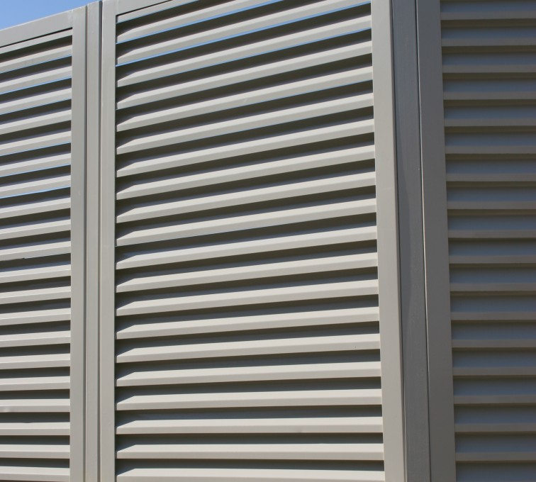 Louvered Screen Systems Fencing, Louvered Fence Panel Angled Post Connection
