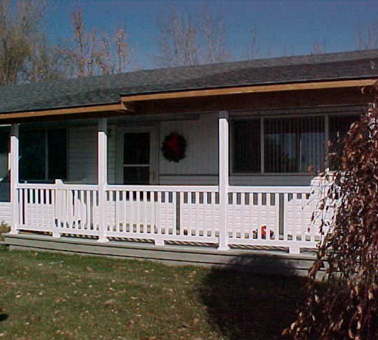 The American Fence Company - Custom Railing, MVC-003S