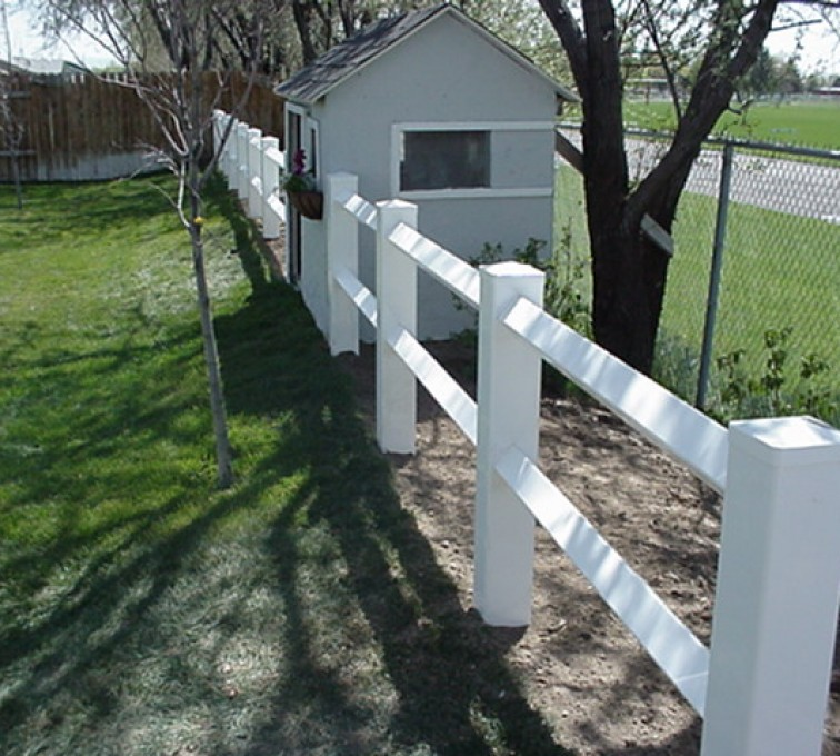 The American Fence Company - Vinyl Fencing, MVC-008F