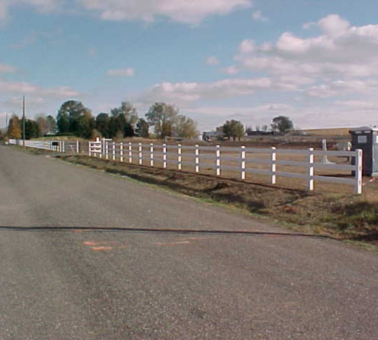 The American Fence Company - Vinyl Fencing, MVC-008S