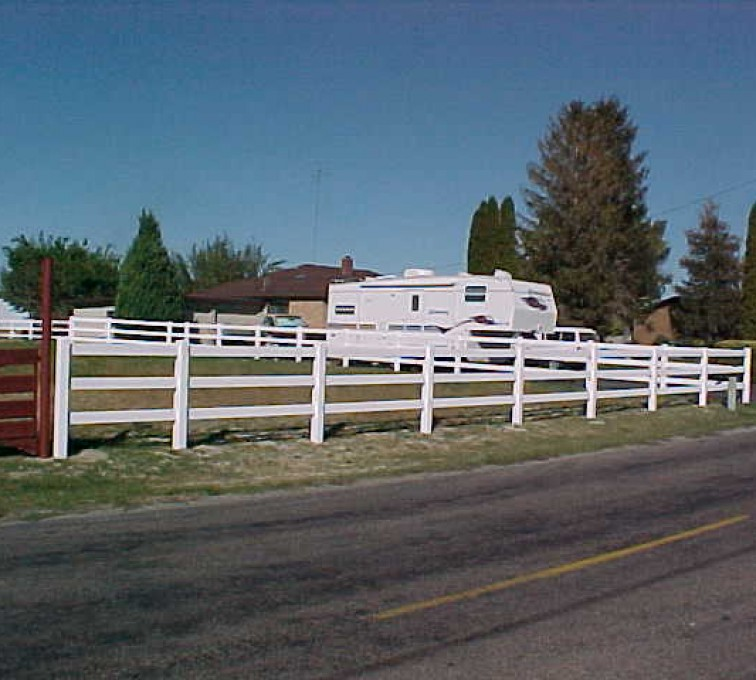 The American Fence Company - Vinyl Fencing, MVC-022S