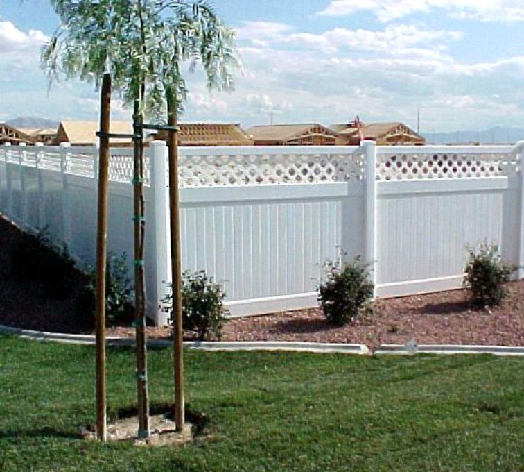 The American Fence Company - Vinyl Fencing, Privach with lattice (655)