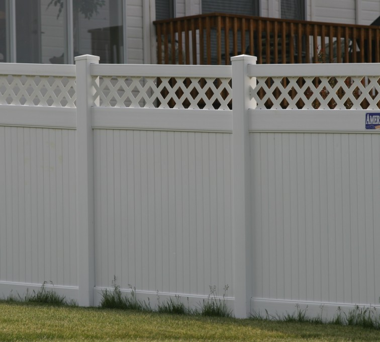 The American Fence Company - Vinyl Fencing, Privacy with lattice 652