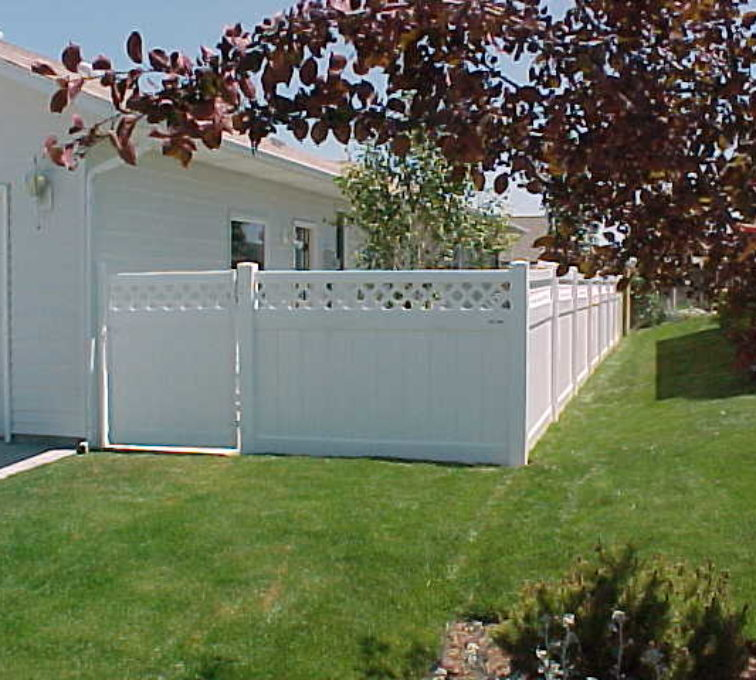 The American Fence Company - Vinyl Fencing, Privacy with lattice (660)