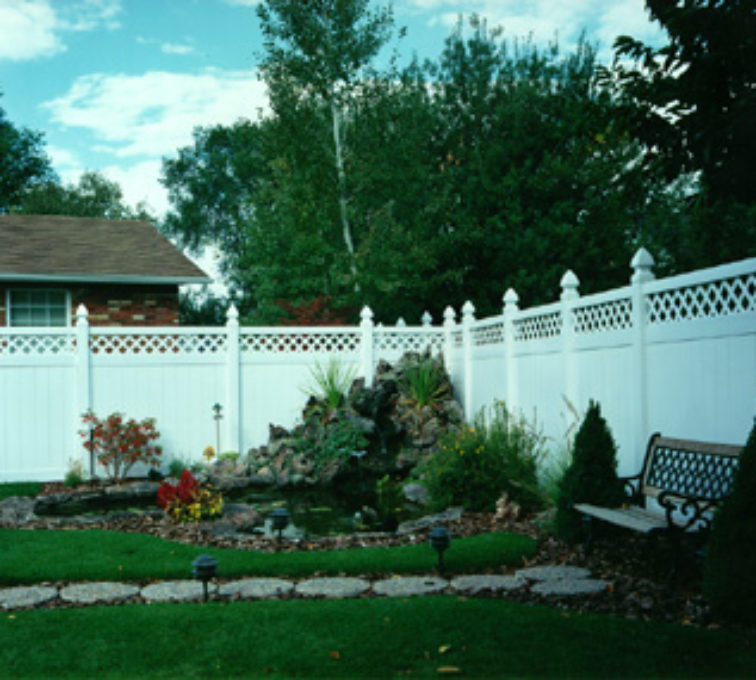 The American Fence Company - Vinyl Fencing, Privacy with lattice (661)
