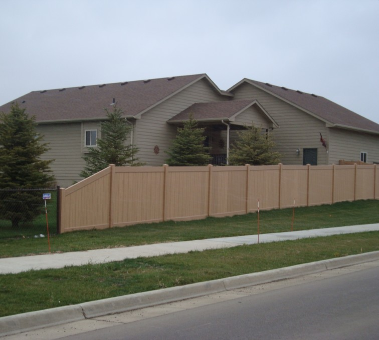 The American Fence Company - Vinyl Fencing, Solid Privacy - Woodland Select (2)