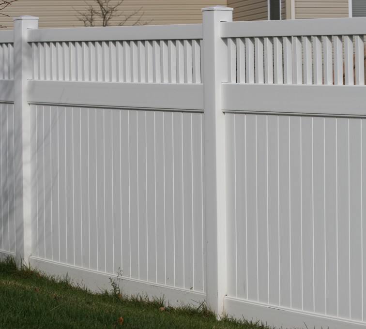 The American Fence Company - Vinyl Fencing,Vinyl 6' private with picket accent 706