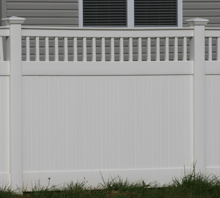 The American Fence Company - Vinyl Fencing,Vinyl 6' private with picket accent 707