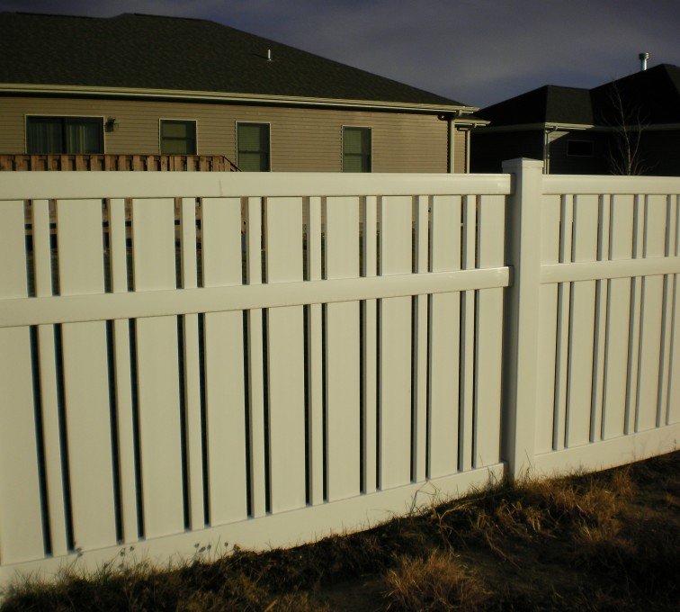 The American Fence Company - Vinyl Fencing, Alternating Picket AFC Grand Island