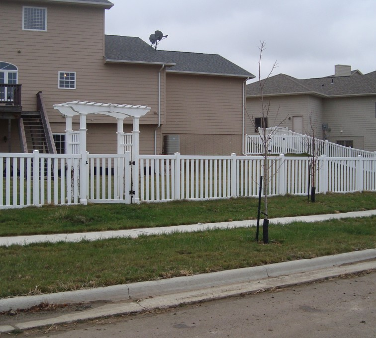 The American Fence Company - Vinyl Fencing, Arbor and Closed Picket AFC, SD