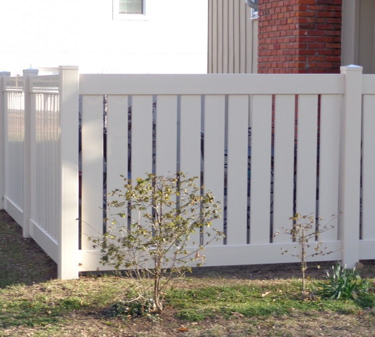 The American Fence Company - Vinyl Fencing, Vinyl Semi-Private - AFC-KC