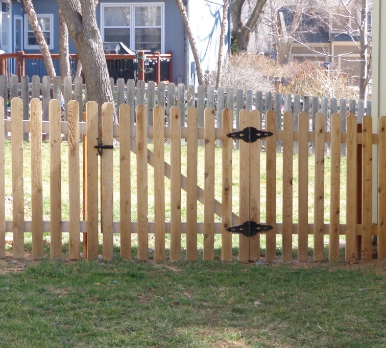 The American Fence Company - Wood Fencing, 4' Picket - AFC-KC