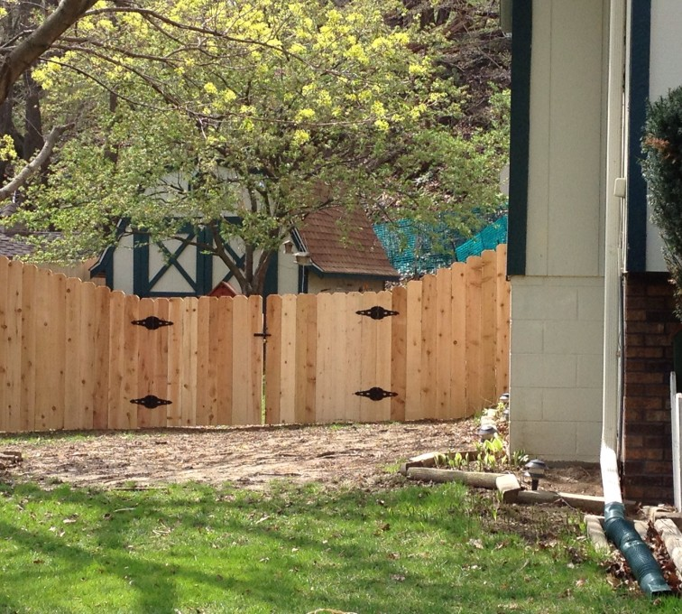 Under Amp Over Scallop Overscallop The American Fence Company